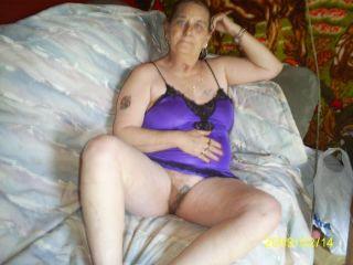 הרבה גברים יפים מאמינים שנשים לא מבוגרות לא צריכות אתרי צ