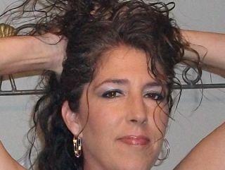 אשה סקסית שאוהבת להזדיין מבינה שהסיכוי הכי טוב שלה הוא סקס באתרים של הכרויות סקס.